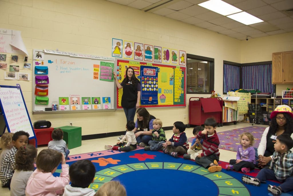 AUM College of Education student teaching young students