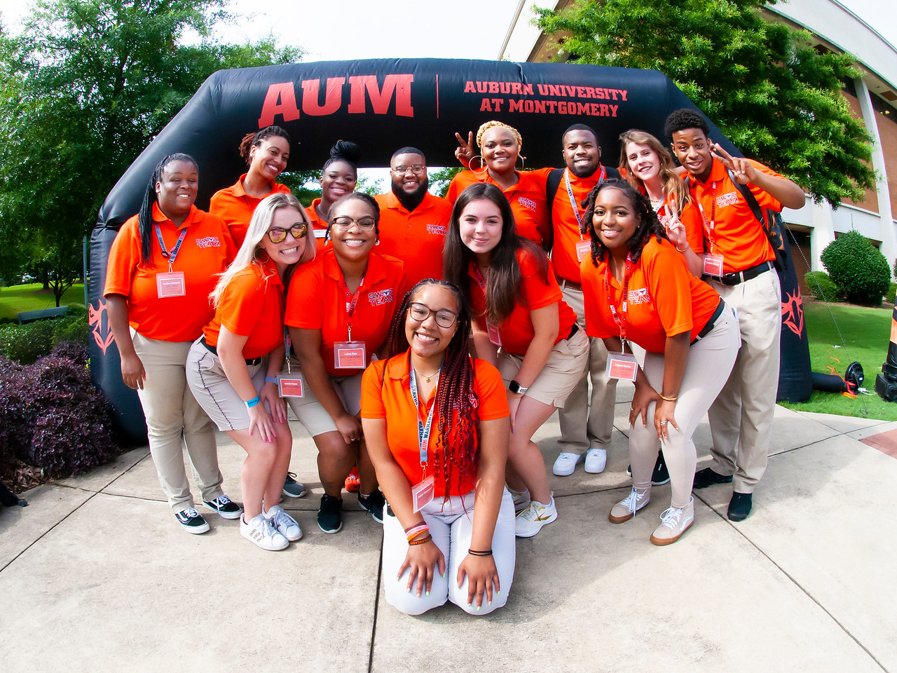 Group of AUM students smiling